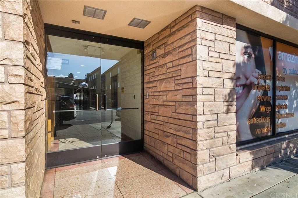 Commercial for Sale at Hamlin Street Van Nuys, California 91401 United States
