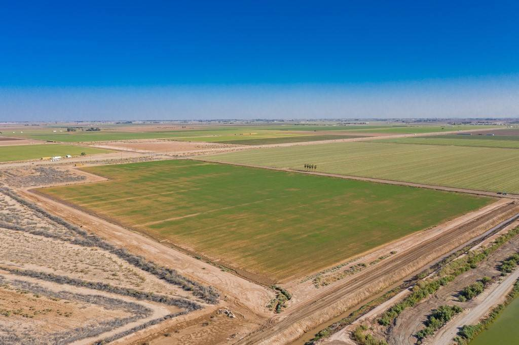 Land for Sale at Harris Road Imperial, California 92251 United States