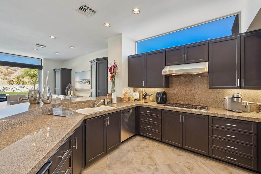 4. Residential Lease for Sale at Wikil Place Palm Desert, California 92260 United States