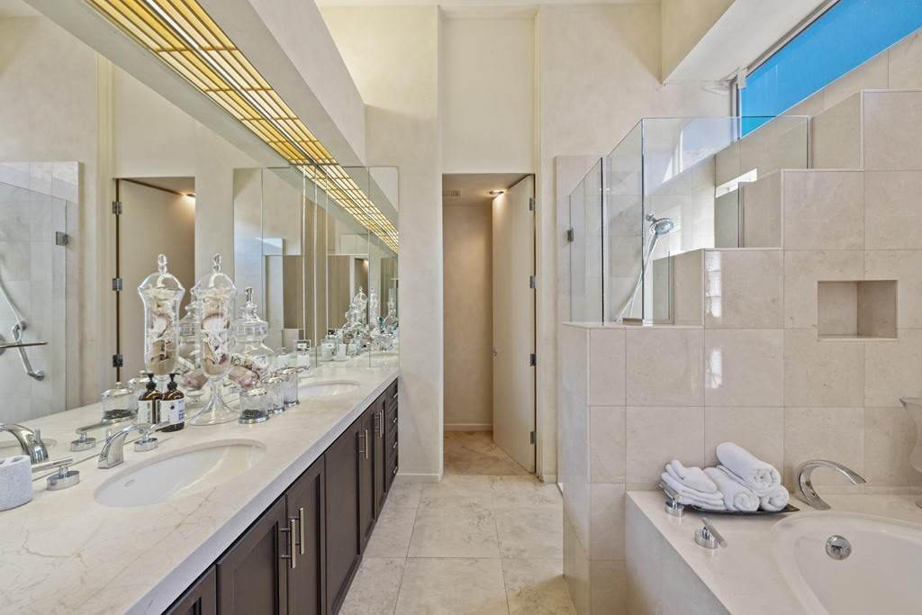 7. Residential Lease for Sale at Wikil Place Palm Desert, California 92260 United States