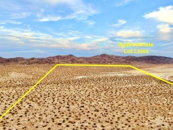 Land for Sale at Sunfair Road Joshua Tree, California 92252 United States