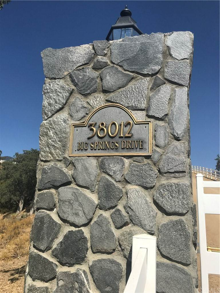 Residential for Sale at Big Springs Drive Caliente, California 93518 United States