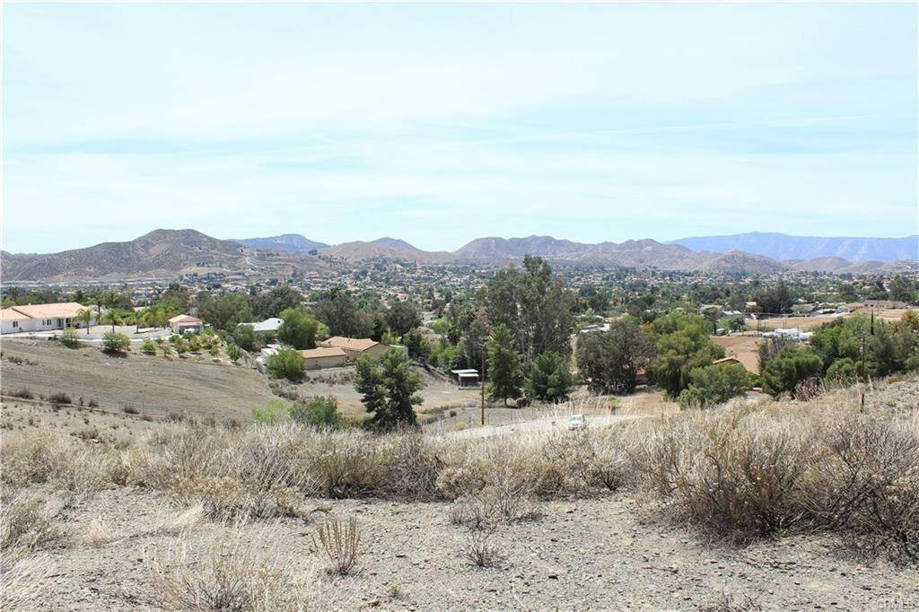 3. Land for Sale at Beverly Menifee, California 92587 United States