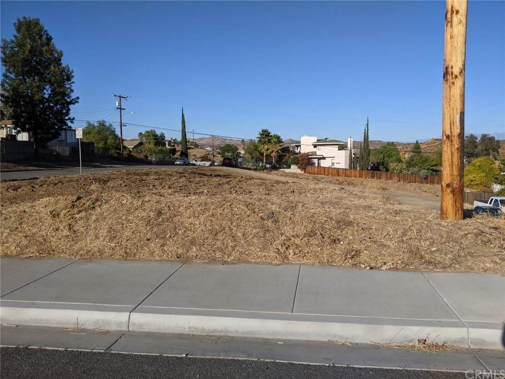 3. Land for Sale at Sumner Lake Elsinore, California 92530 United States