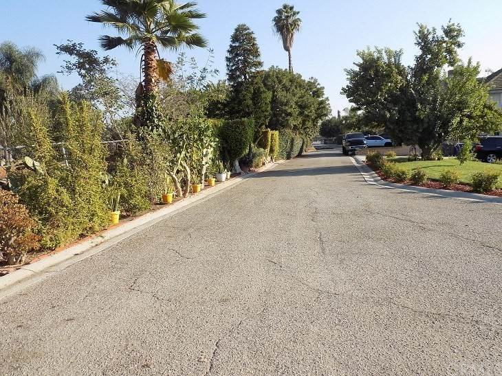 19. Residential for Sale at Imperial Highway La Mirada, California 90638 United States