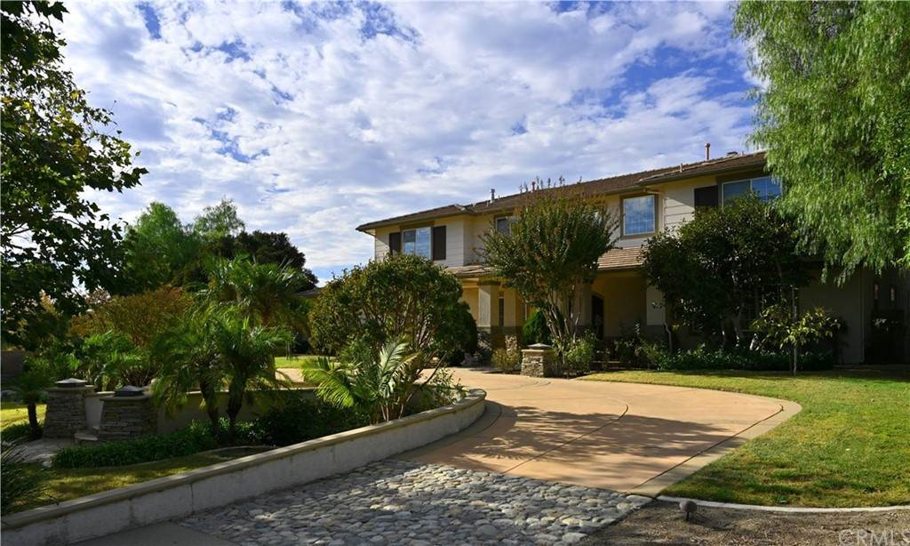 Residential for Sale at Fuller Drive Claremont, California 91711 United States