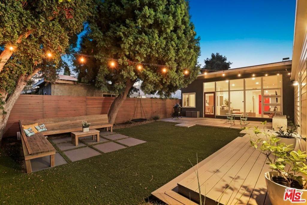 16. Residential for Sale at Tuller Avenue Los Angeles, California 90034 United States