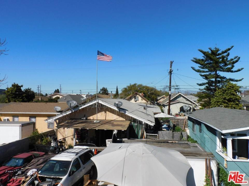 27. Residential Income for Sale at W 46Th Street Los Angeles, California 90037 United States