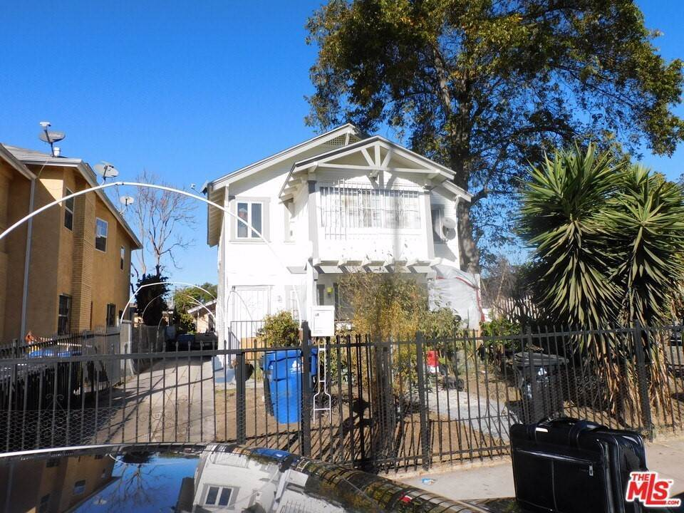 7. Residential Income for Sale at W 46Th Street Los Angeles, California 90037 United States