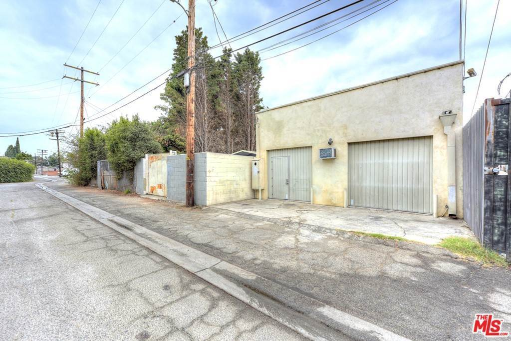 37. Residential Income for Sale at Venice Boulevard Los Angeles, California 90034 United States