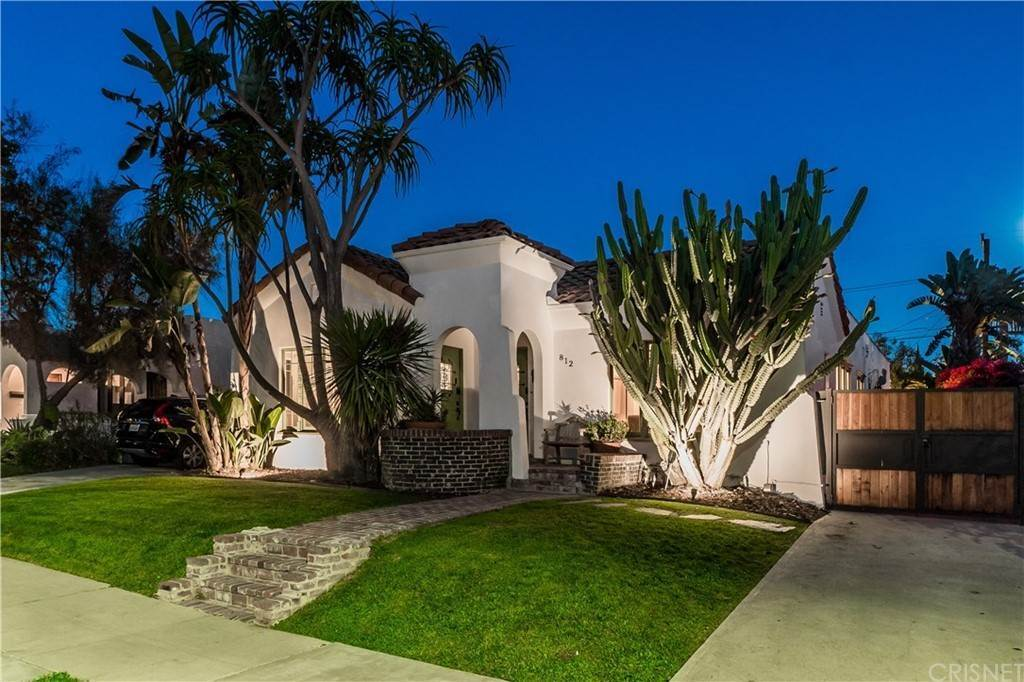 Residential for Sale at N Mansfield Avenue Hollywood, California 90038 United States