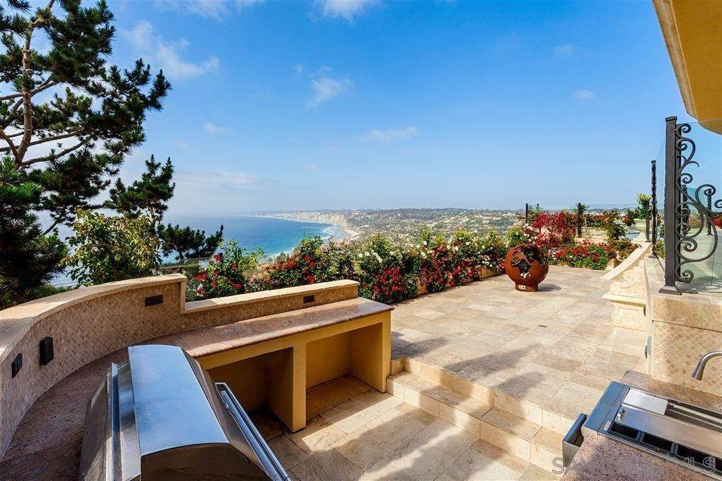 10. Residential Lease for Sale at Valdes Drive La Jolla, California 92037 United States
