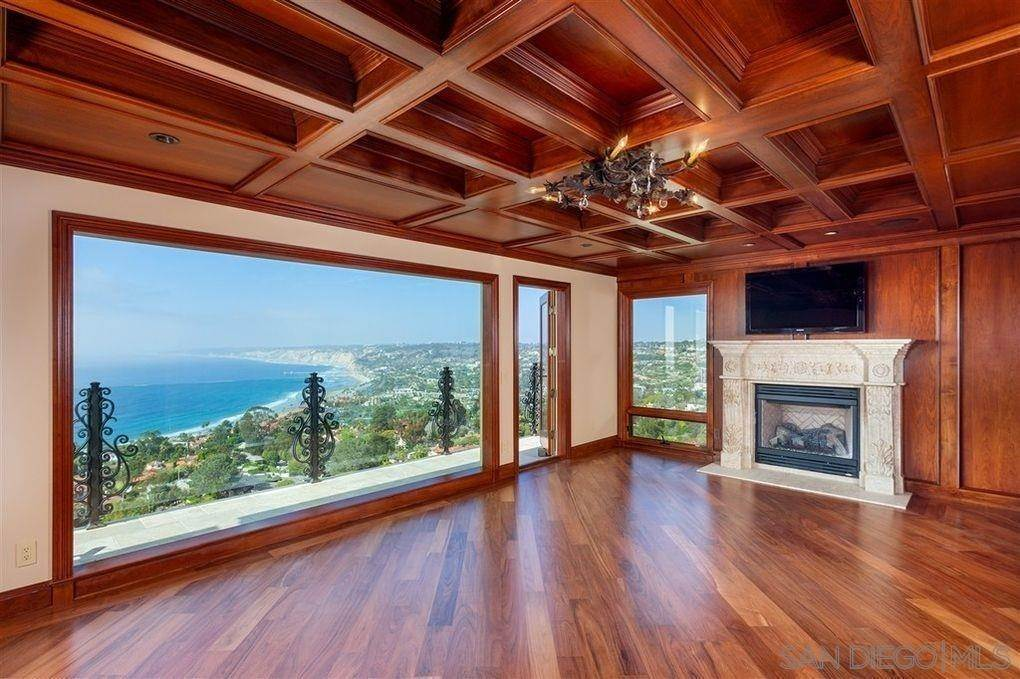 6. Residential Lease for Sale at Valdes Drive La Jolla, California 92037 United States