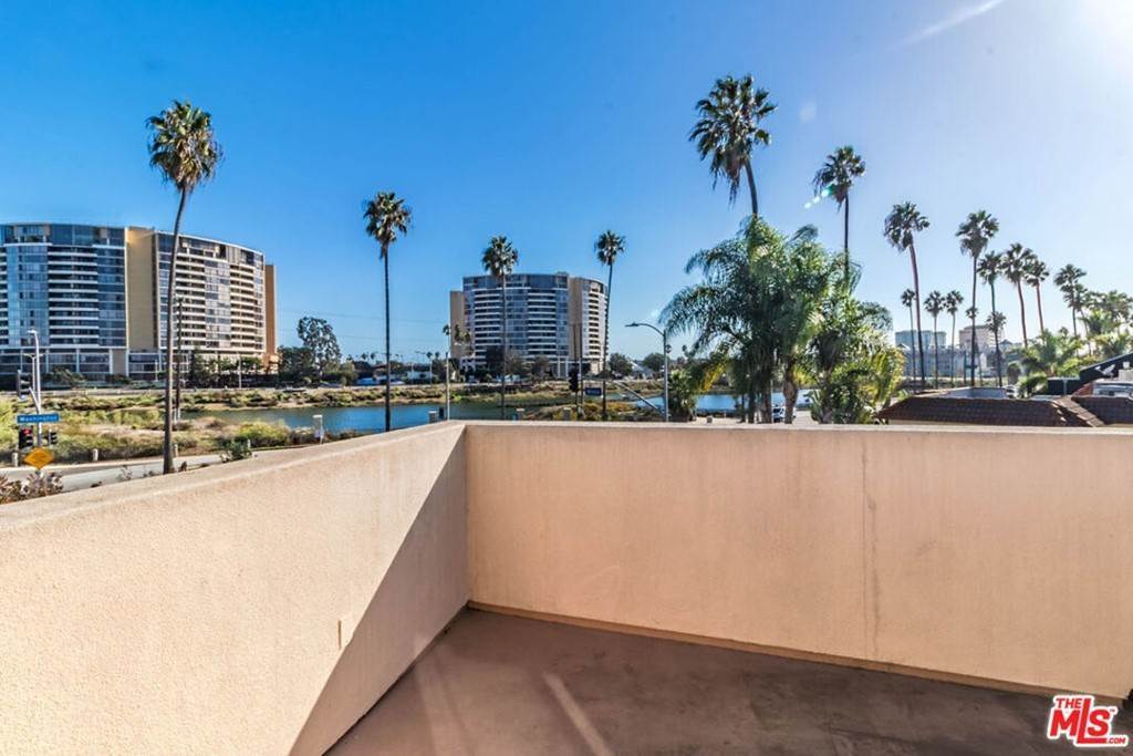 Residential Lease at Oxford Avenue Venice, California 90291 United States