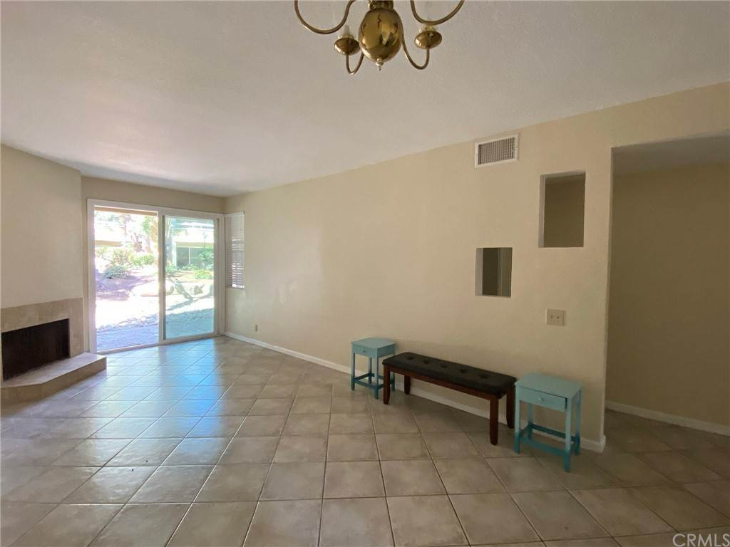 20. Residential for Sale at H S Bear Street Santa Ana, California 92704 United States