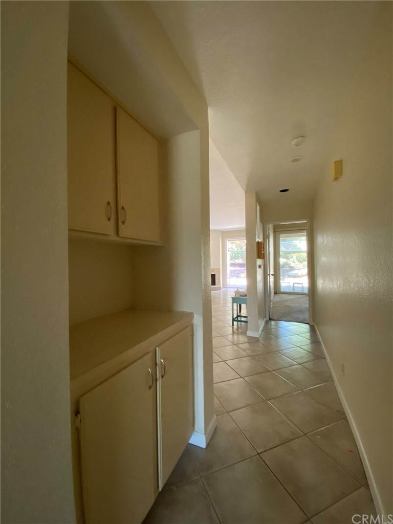 27. Residential for Sale at H S Bear Street Santa Ana, California 92704 United States