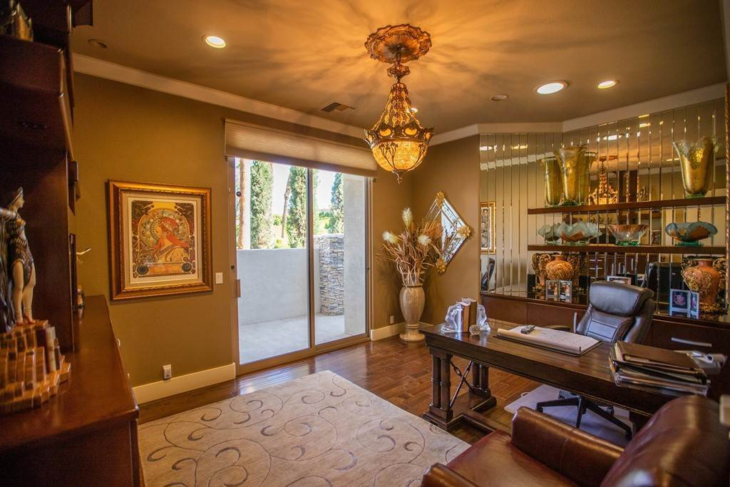 15. Residential for Sale at Brookville La Quinta, California 92253 United States