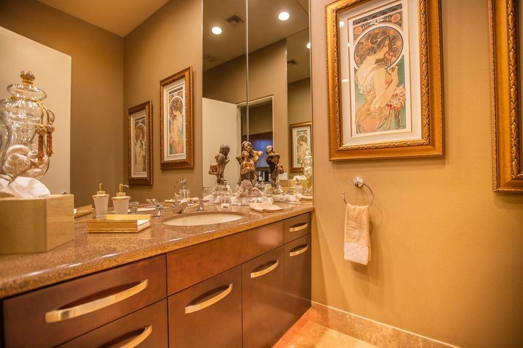 21. Residential for Sale at Brookville La Quinta, California 92253 United States