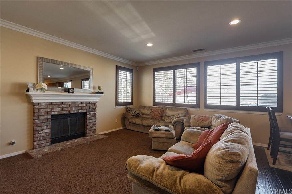12. Residential for Sale at Pintail Loop Eastvale, California 92880 United States