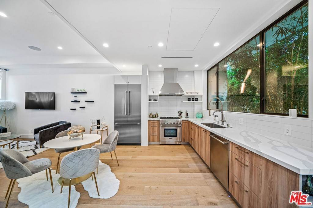 10. Residential Lease at 1/4 N Martel Avenue Los Angeles, California 90046 United States