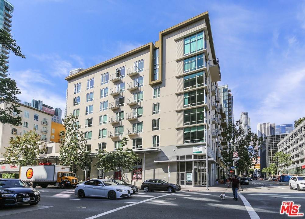 2. Residential Lease at W 9Th Street Los Angeles, California 90015 United States