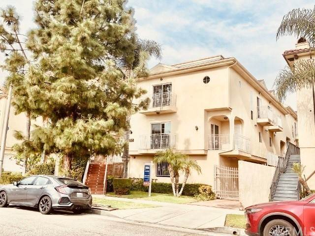 Residential Lease at Mira Vista Avenue Montrose, California 91020 United States