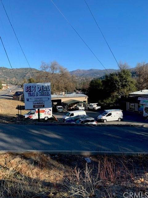 Commercial for Sale at Highway 41 Oakhurst, California 93644 United States