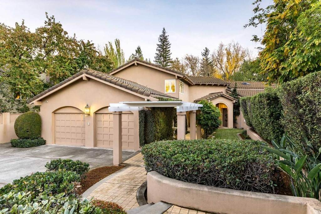 Residencial por un Venta en Lundy Lane Los Altos, California 94024 Estados Unidos
