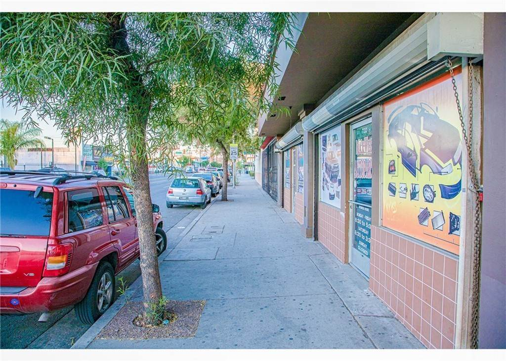 3. Commercial for Sale at S Atlantic Boulevard East Los Angeles, California 90022 United States