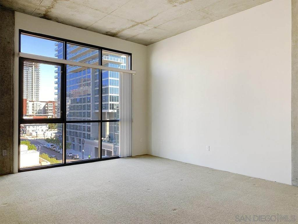 10. Residential Lease at 10Th Street San Diego, California 92101 United States