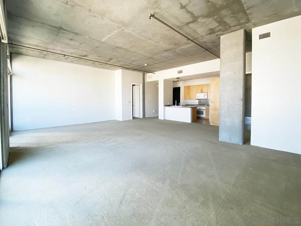 5. Residential Lease at 10Th Street San Diego, California 92101 United States