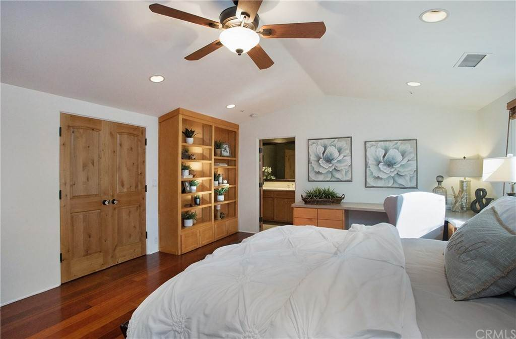 12. Residential for Sale at Pine Street Huntington Beach, California 92648 United States