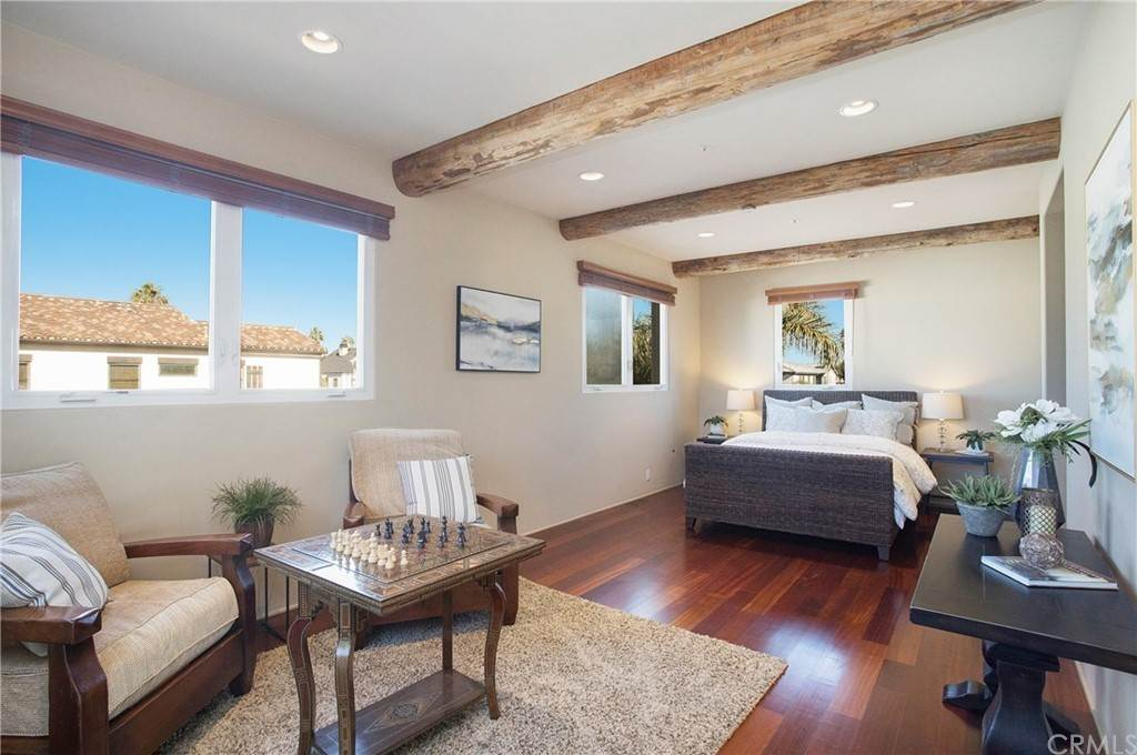 15. Residential for Sale at Pine Street Huntington Beach, California 92648 United States