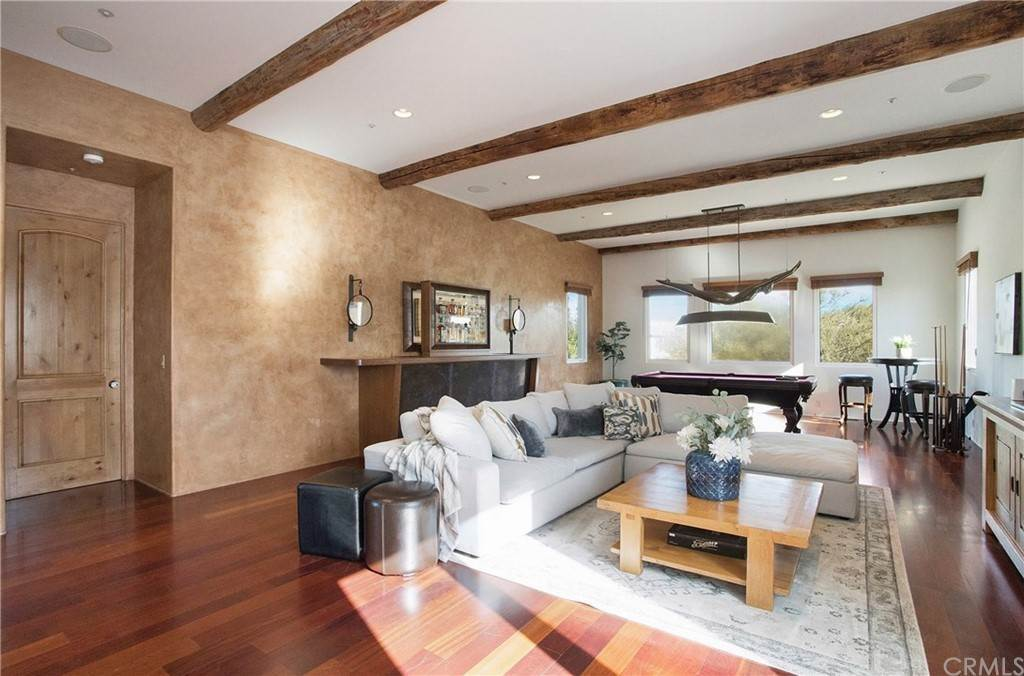 24. Residential for Sale at Pine Street Huntington Beach, California 92648 United States