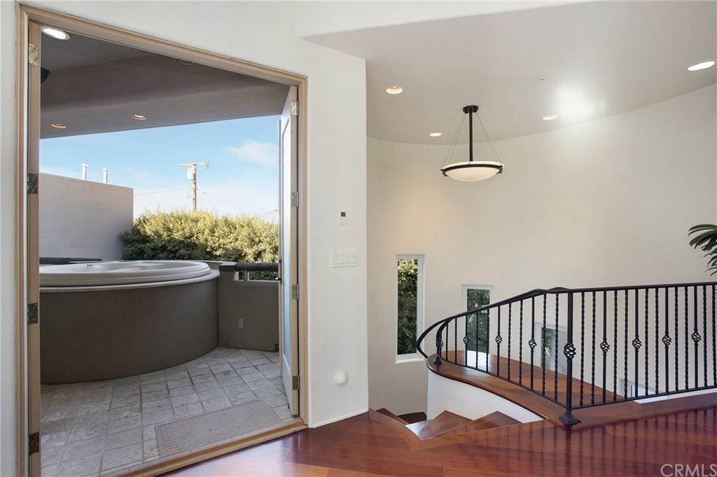 43. Residential for Sale at Pine Street Huntington Beach, California 92648 United States