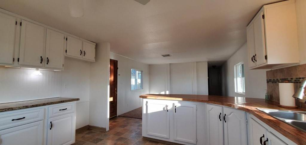 8. Single Family Homes for Sale at San Juan Grade Road Salinas, California 93906 United States