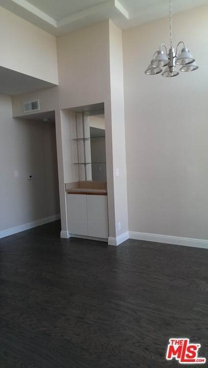 18. Residential Lease at N Serrano Avenue Los Angeles, California 90027 United States