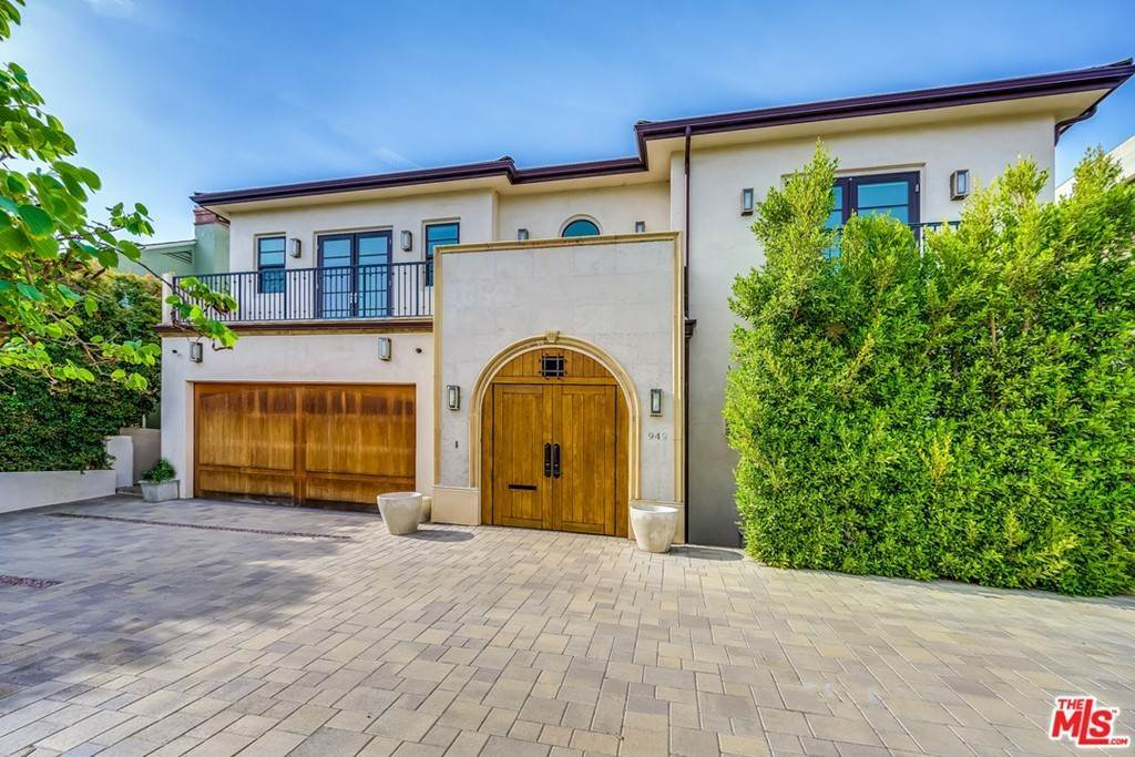 Residential Lease for Sale at Malcolm Avenue Los Angeles, California 90024 United States