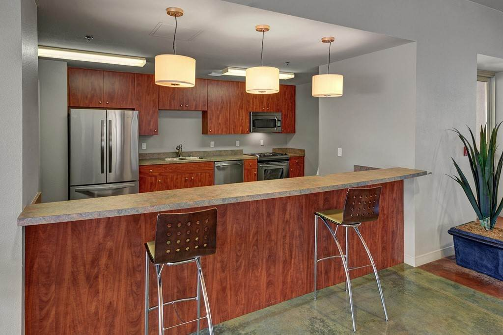 18. Residential for Sale at Quiet Side Street Palm Springs, California 92262 United States