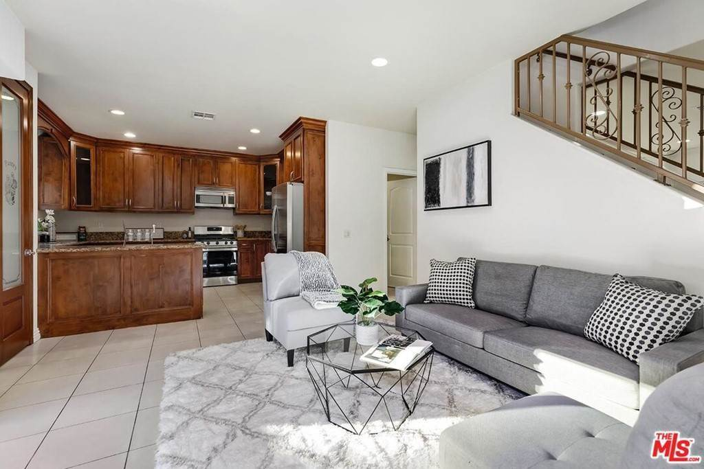 12. Residential for Sale at S La Cienega Boulevard S La Cienega Boulevard Los Angeles, California 90016 United States