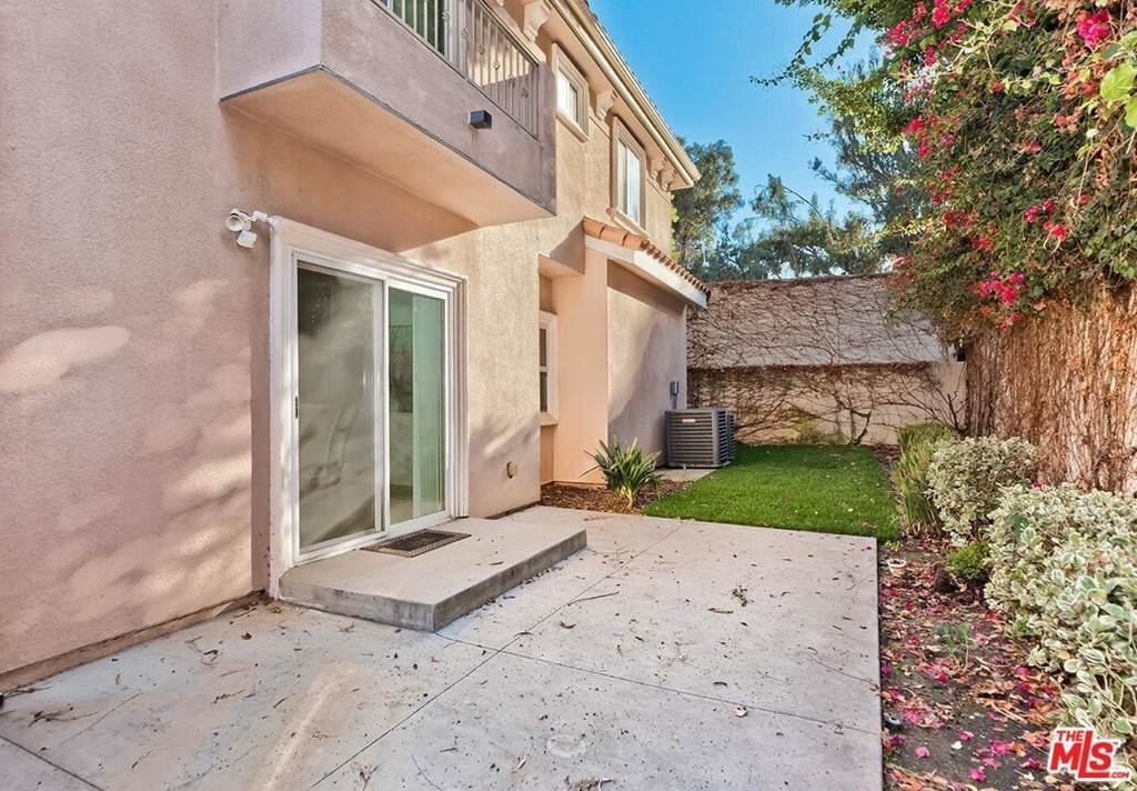 26. Residential for Sale at S La Cienega Boulevard S La Cienega Boulevard Los Angeles, California 90016 United States