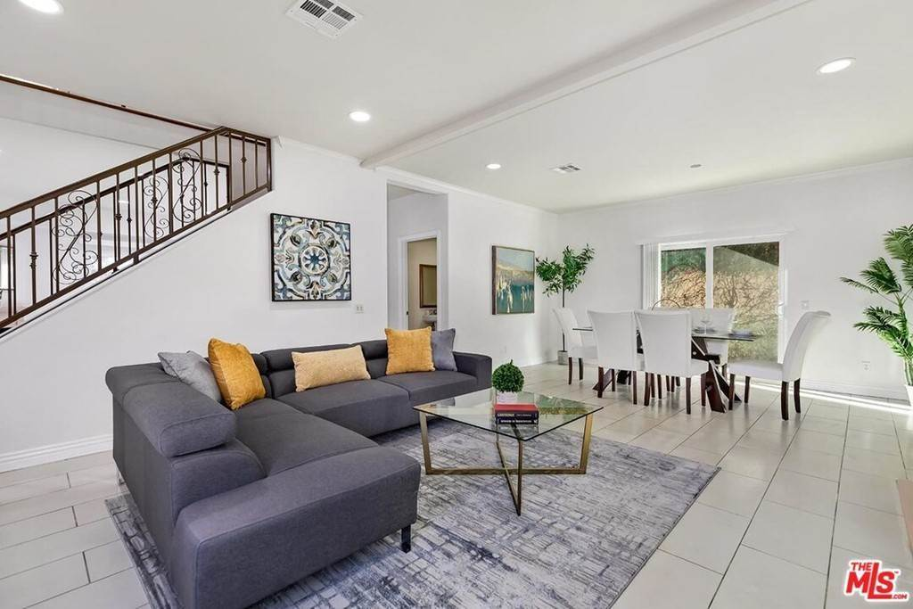 3. Residential for Sale at S La Cienega Boulevard S La Cienega Boulevard Los Angeles, California 90016 United States