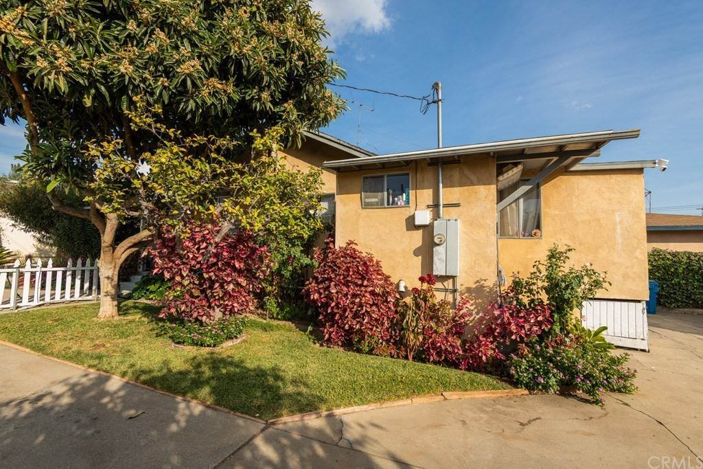 14. Residential Income for Sale at W Linda Vista Avenue Alhambra, California 91801 United States