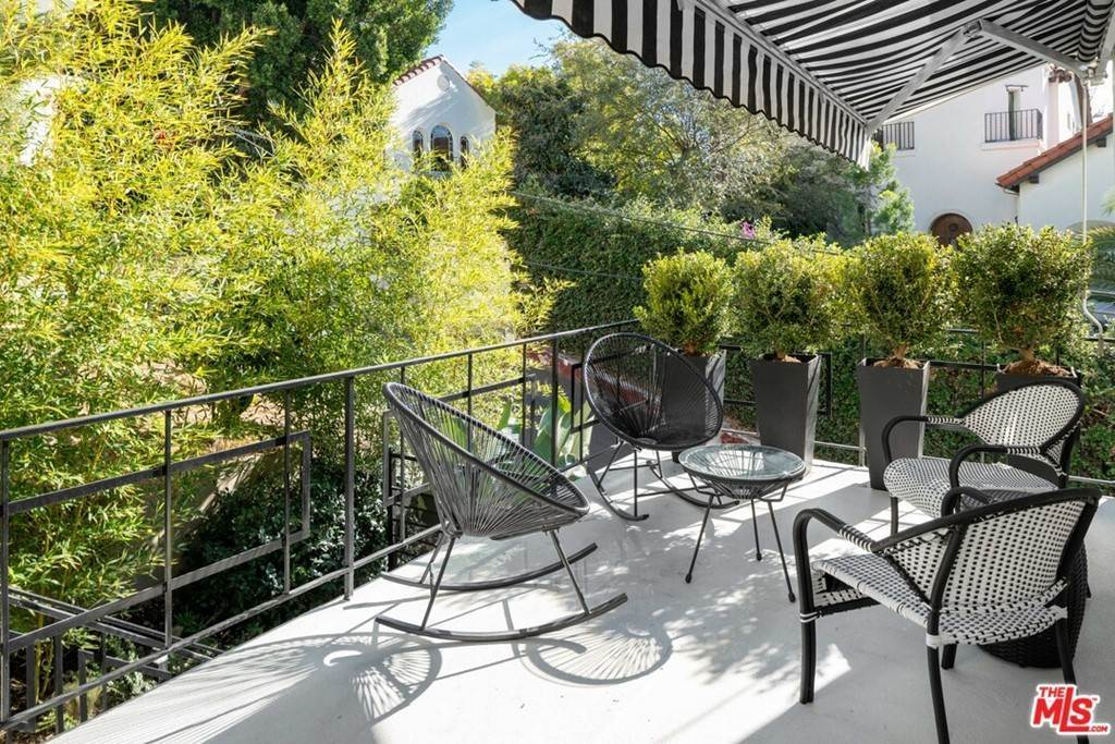 Residential for Sale at Primrose Los Angeles, California 90068 United States