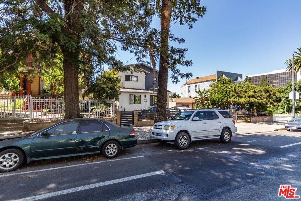 15. Residential Income for Sale at N Union Avenue Los Angeles, California 90026 United States