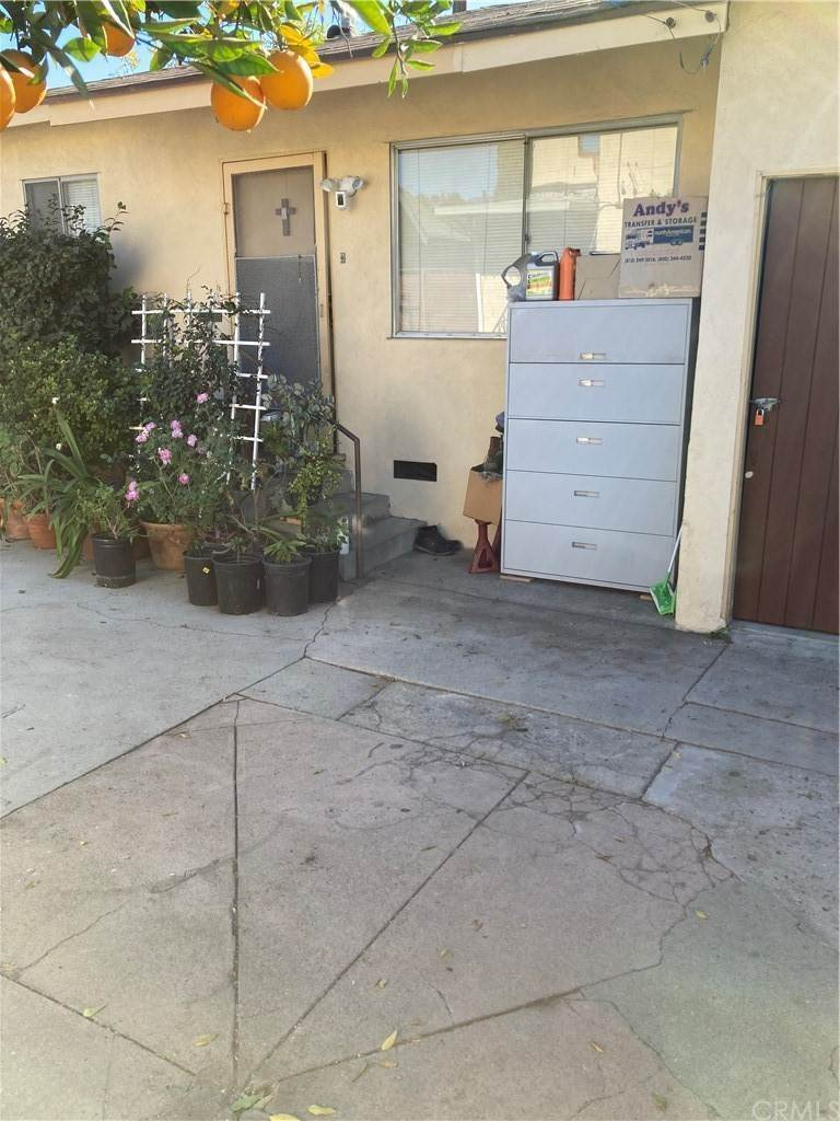 Residential Income for Sale at 5126 Meridian Street Highland Park, California 90042 United States