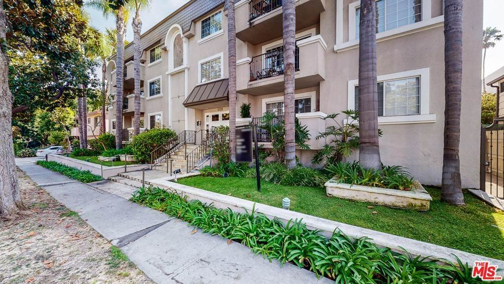 3. Residential for Sale at 14Th Street Santa Monica, California 90404 United States
