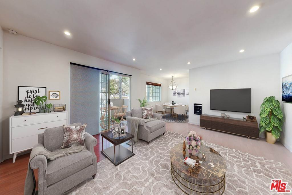 6. Residential for Sale at 14Th Street Santa Monica, California 90404 United States