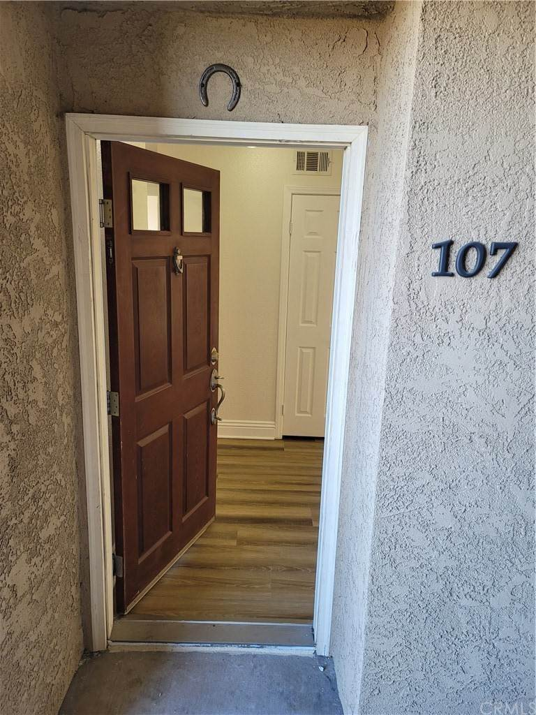 Residential for Sale at Del Mar Way Corona, California 92882 United States