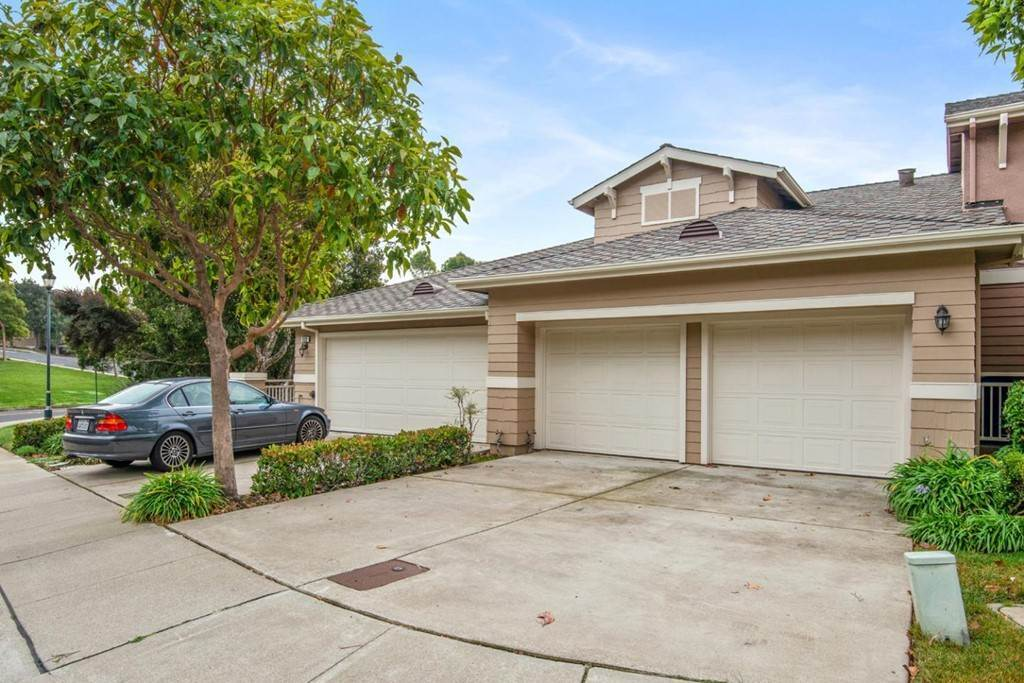 Residential for Sale at Tanager Court Brisbane, California 94005 United States